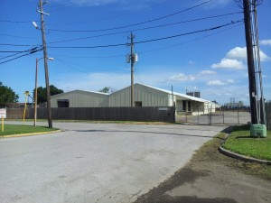 27,000 SF Warehouse on 4.4 acres - Leased